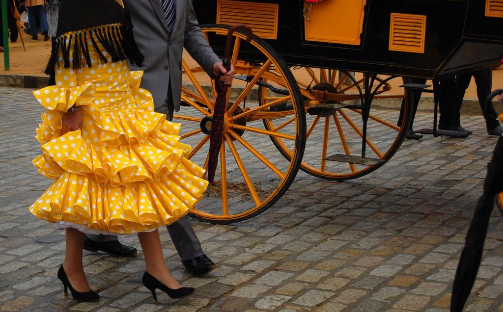 Planchar traje de flamenca