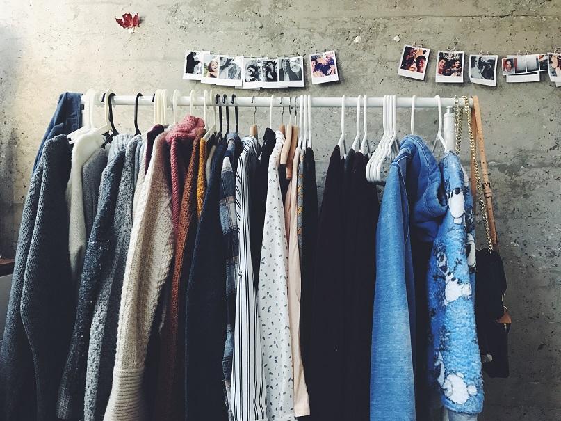 olor a humedad en la ropa 1
