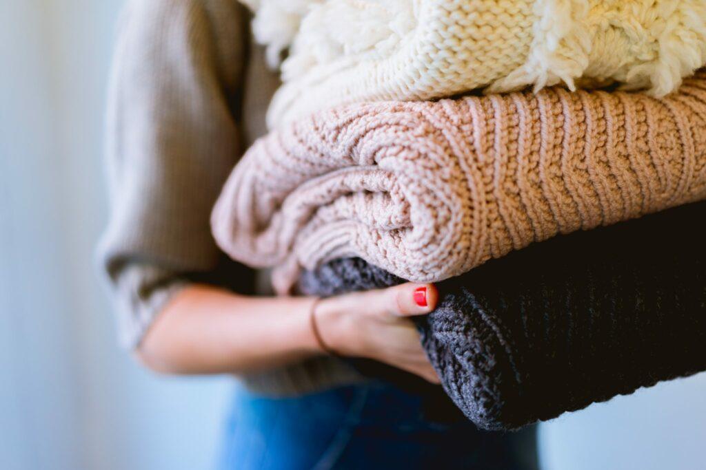 cómo quitar el chicle de la ropa