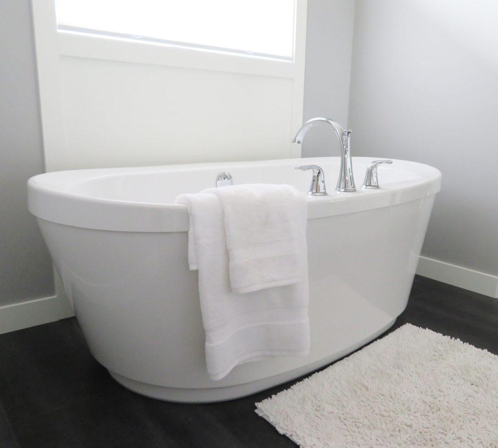 Cómo quitar y prevenir el moho de la ducha