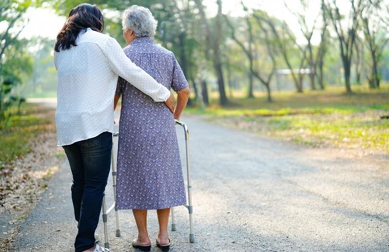 cuidar de personas mayores