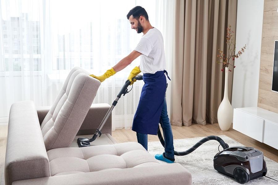 como limpiar sofa de cuero